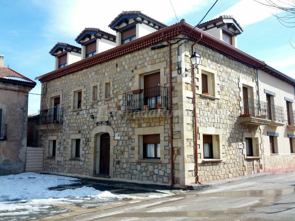 Fotos de castillo diempures casa rural en cantalojas guadalajara - Casa rural el castillo ...