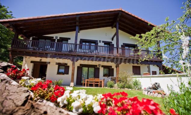 Casas rurales en hondarribia guip zcoa - Casas rurales pais vasco alquiler integro ...