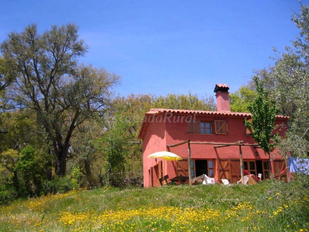 Fotos de casa ocre y casa roja huerta montemateo casa - Fotos casas rurales ...