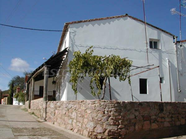 Fotos de cortearriba casa rural en almonaster la real huelva - Casas rurales huelva para 2 personas ...