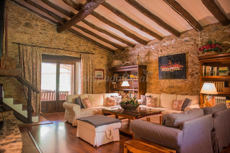 Fotos de el casta ar de aracena casa rural en aracena - Casas rurales de madera ...