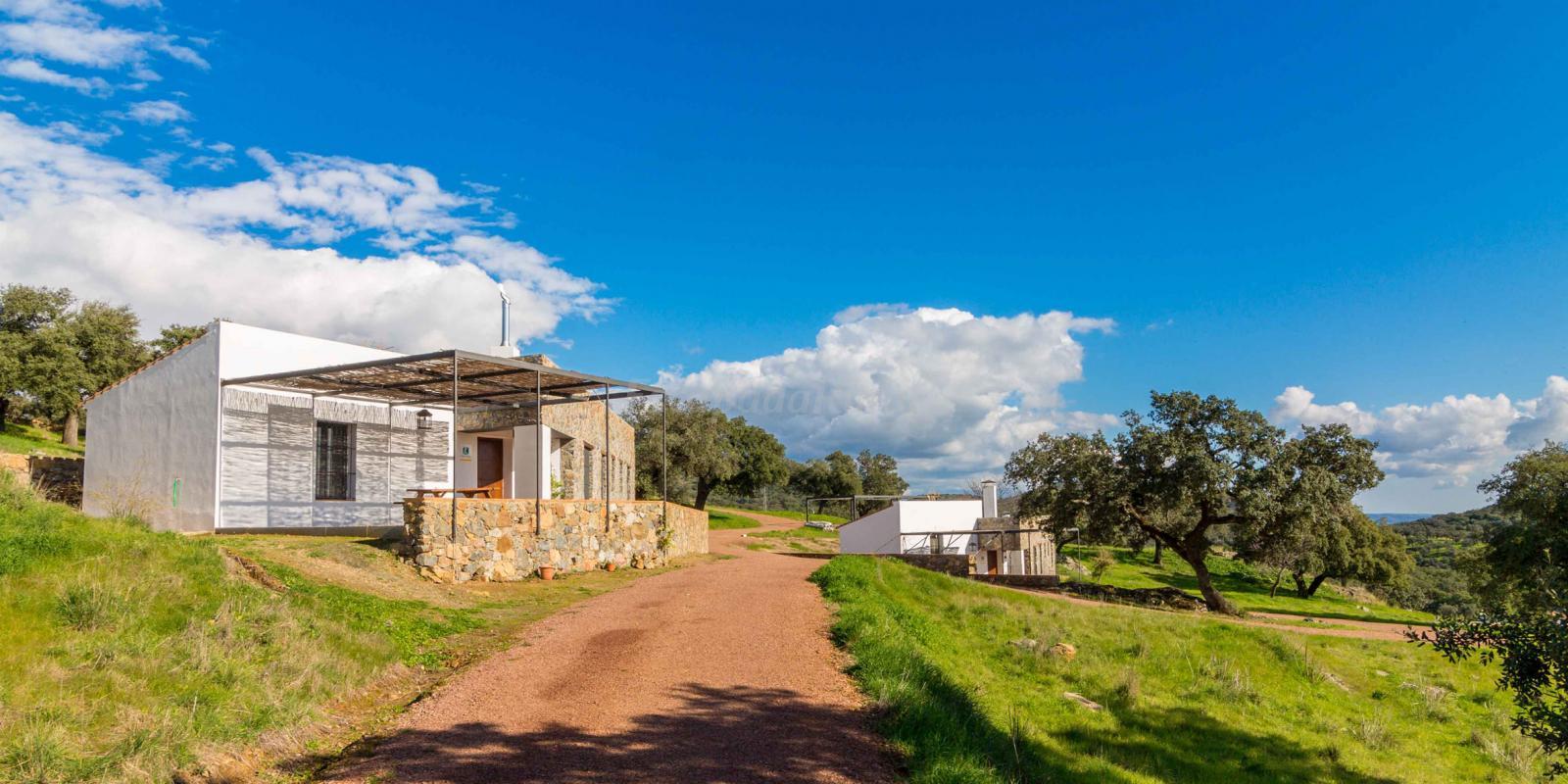 Fotos de casas rurales las tobas casa rural en higuera de la sierra huelva - Casas rurales huelva para 2 personas ...