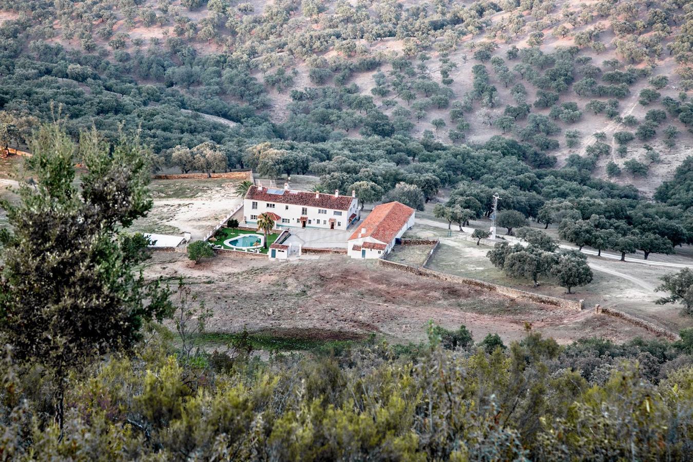 Fotos de huerta barba casa rural en cumbres de san for Casa rural el jardin de san bartolome