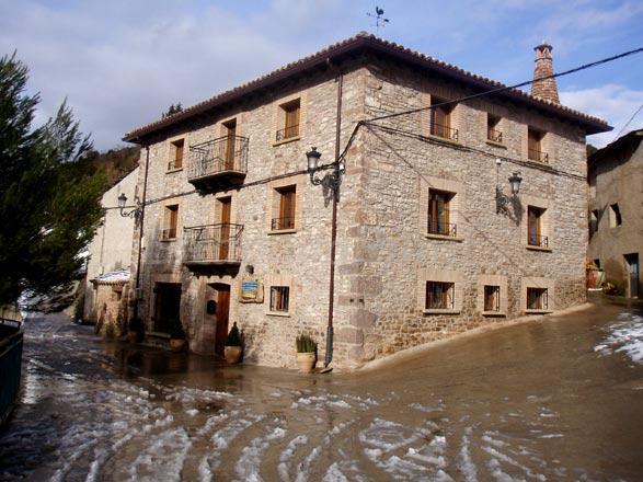 La posada de villalangua casa rural en villalangua huesca - Casa rural huesca jacuzzi ...
