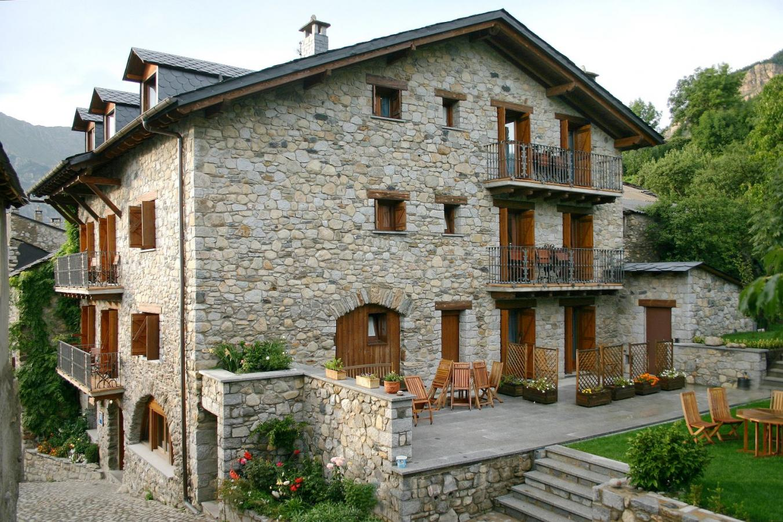 Fotos de hotel casa cornel casa rural en cerler huesca - Rehabilitacion de casas rurales ...