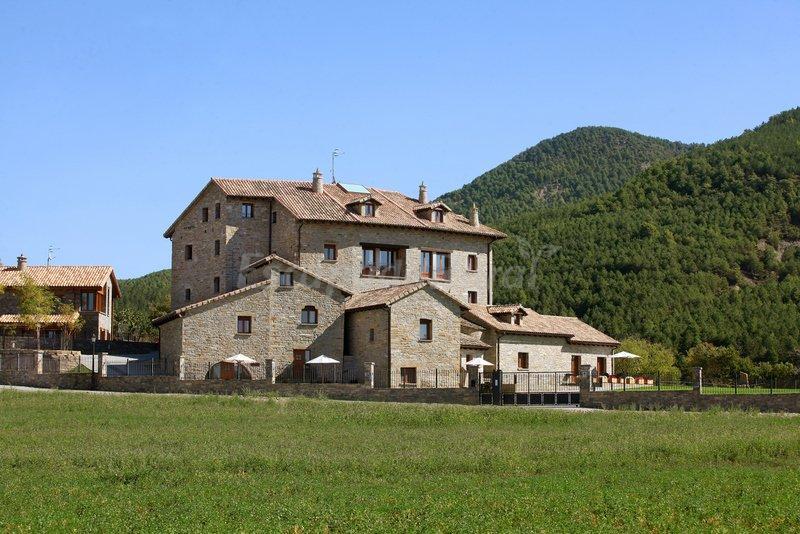 Fotos de casas rurales pirineo casa rural en a nsa huesca - Casas del pirineo ...