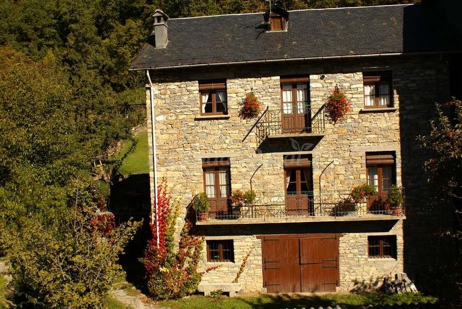 Fachada casa rustica fachada de casa rustica y moderna - Fachadas rusticas castellanas ...