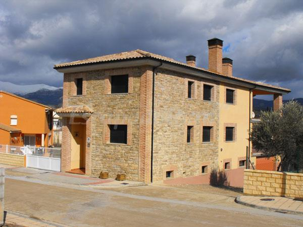 Casas rurales en casbas de huesca huesca - Casa rural huesca jacuzzi ...