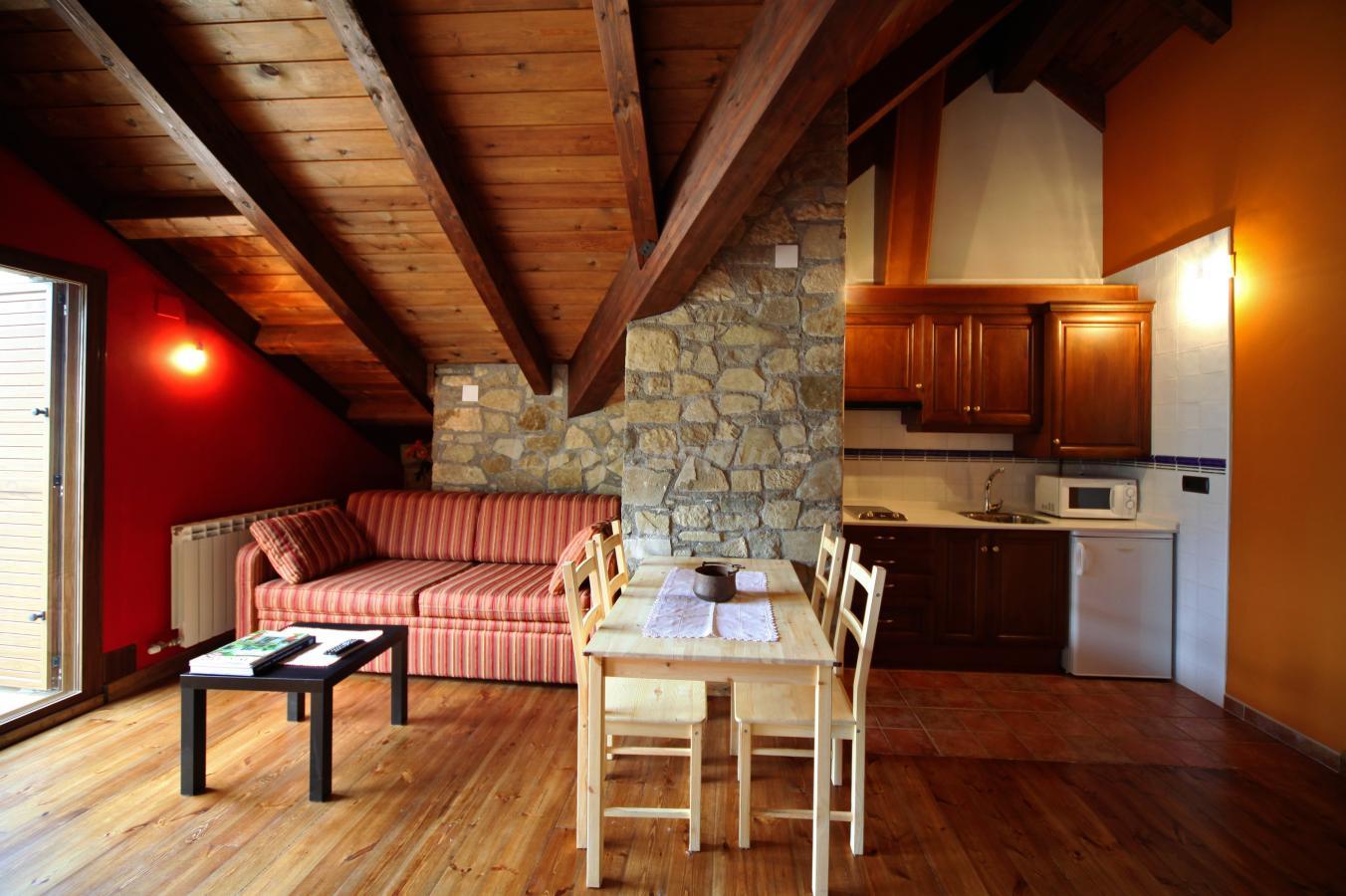 Fotos de apartamentos villa de plan casa rural en plan for Plan de villa