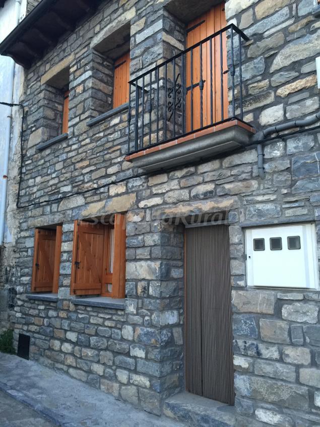Casa kika casa rural en bolta a huesca for 56 635