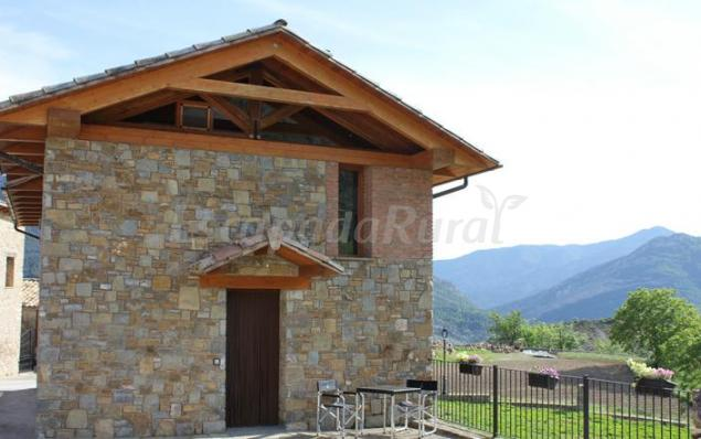 casas rurales en campo (huesca)