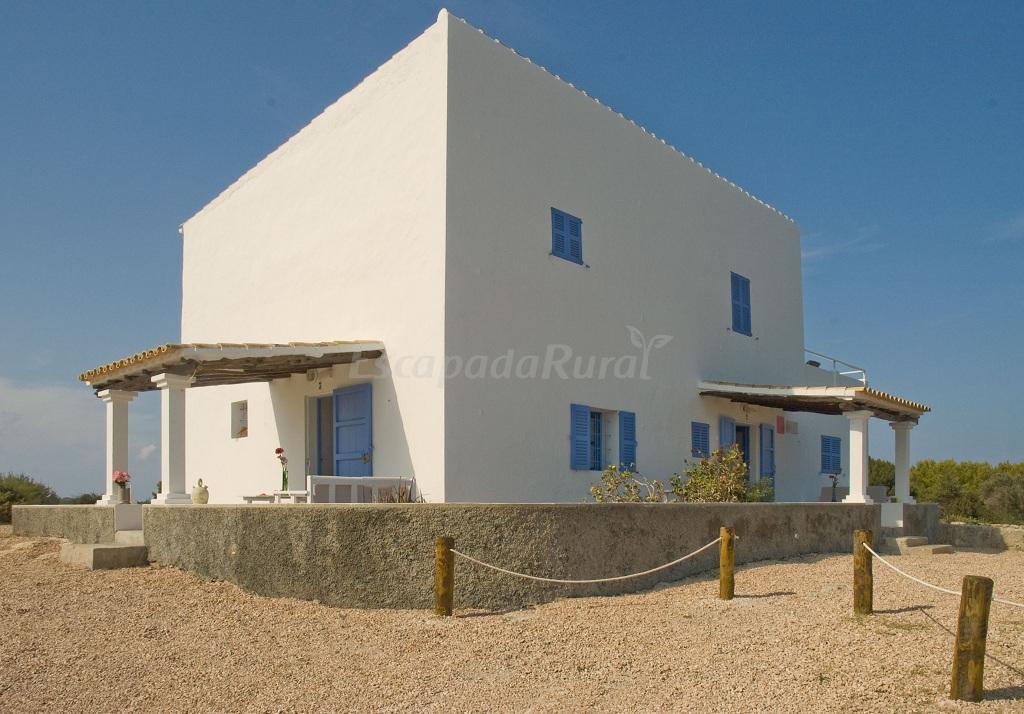 Fotos de casas rurales illetas casa rural en es pujols - Fotos casas rurales ...