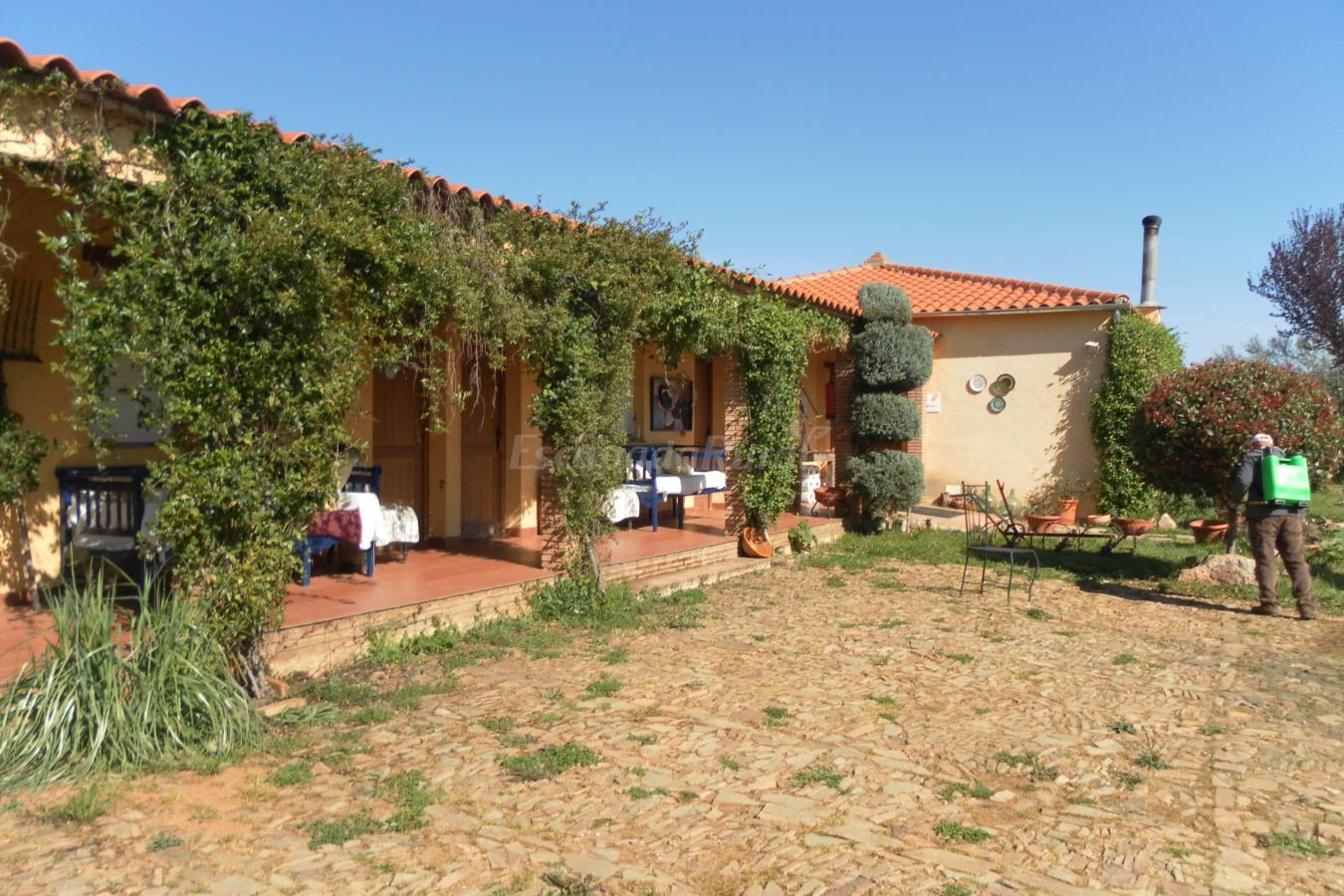 Fotos de la cimbarra casa rural en aldeaquemada ja n - Casa rural aldeaquemada ...