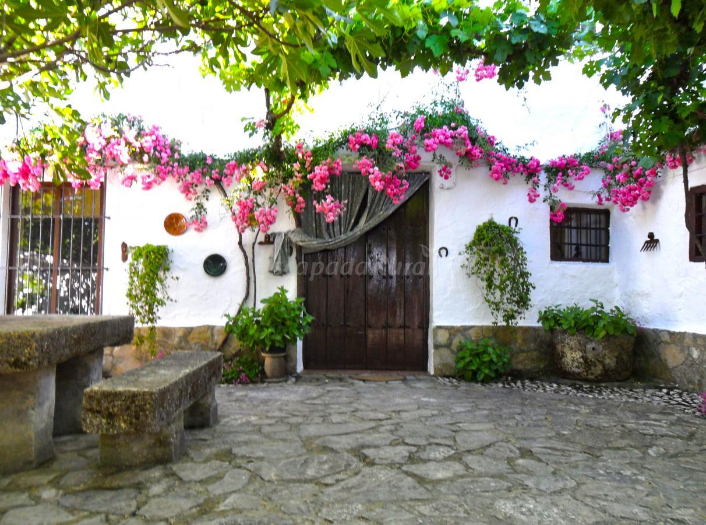 Fotos de cortijo la gineta casa rural en alcal la real - Patios rurales ...