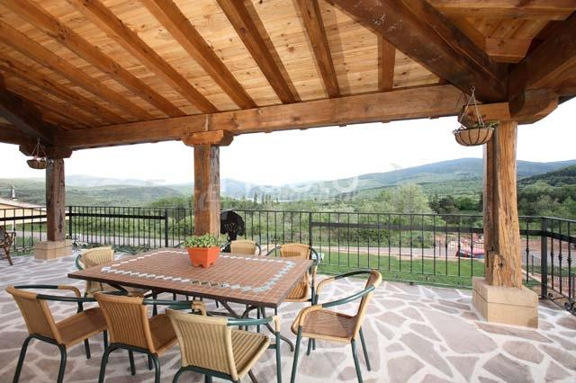 Fotos de casa el olmo casa rural en el rasillo de - Como decorar una casa rural ...