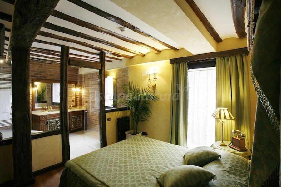 Fotos de hotel real casona de las amas casa rural en for Hotel luxury la rioja