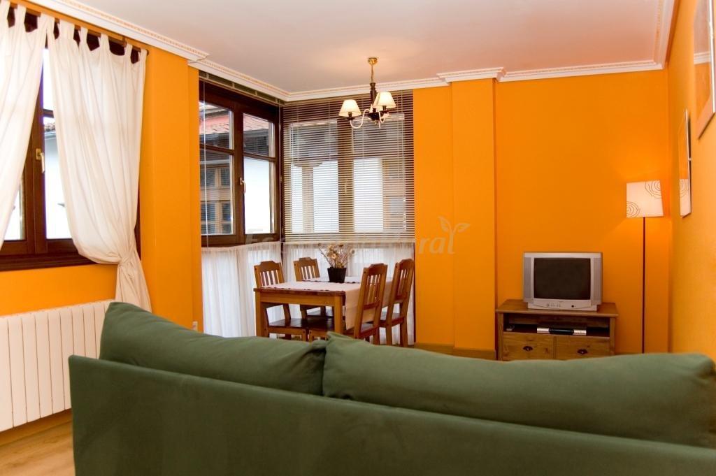 Fotos de apartamentos rurales altuzarra casa rural en ezcaray la rioja - Casa rural ezcaray ...
