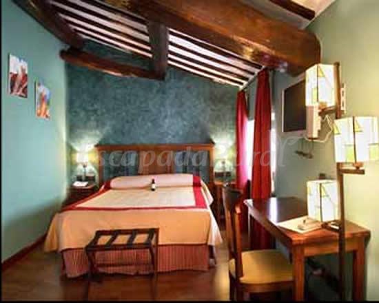 Fotos de hotel duques de n jera casa rural en n jera la for Hotel rural la rioja