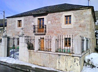 Casas Rurales En Quintanilla De Babia Leon