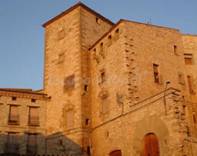 Casas rurales en montfalc murallat lleida for 56 635