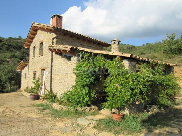 Terra del congost casa rural en castissent lleida - Casa rural terra ...