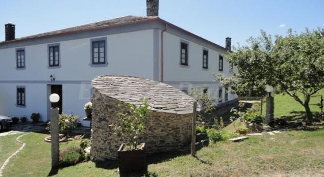 Casa rural vilar pomar casa rural en ribadeo lugo - Casa rural o vilar ...