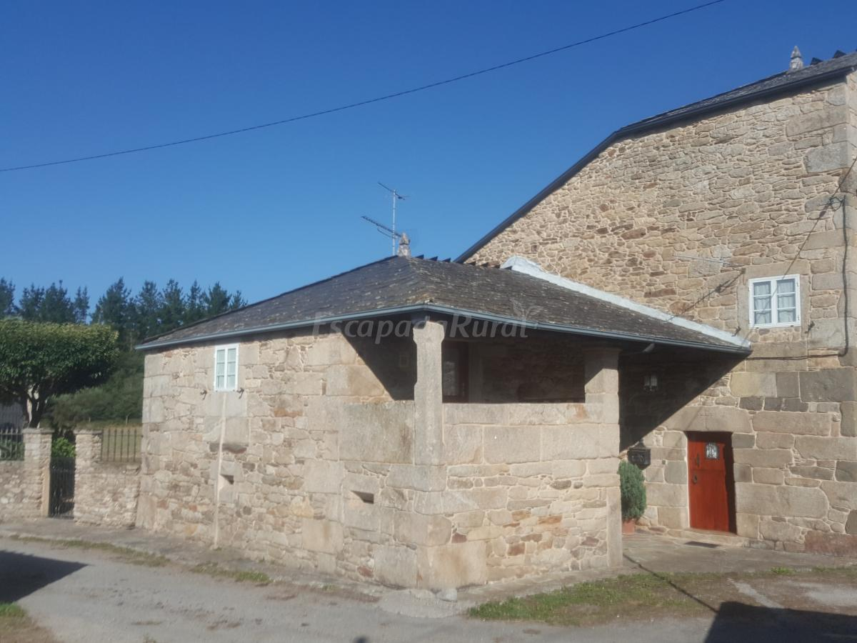 Fotos de casa de arxerei casa rural en friol lugo for Casa rural lugo piscina