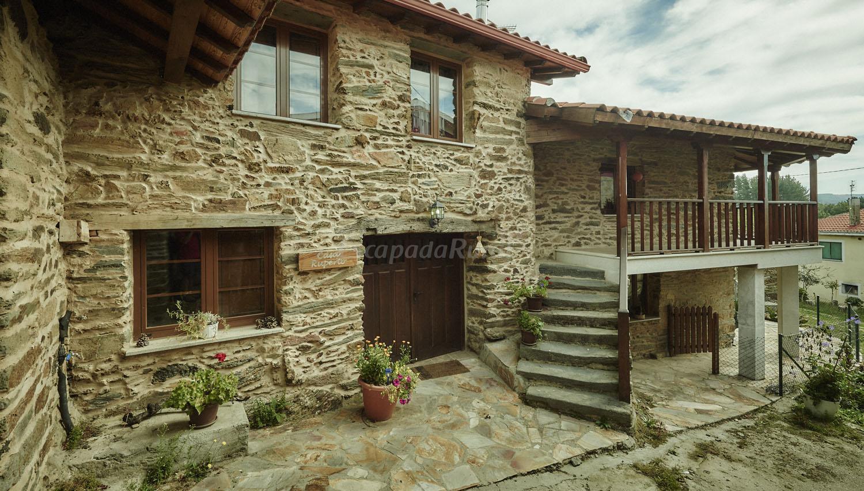 Fotos de casa ruperto casa rural en sober lugo for Casa rural lugo piscina