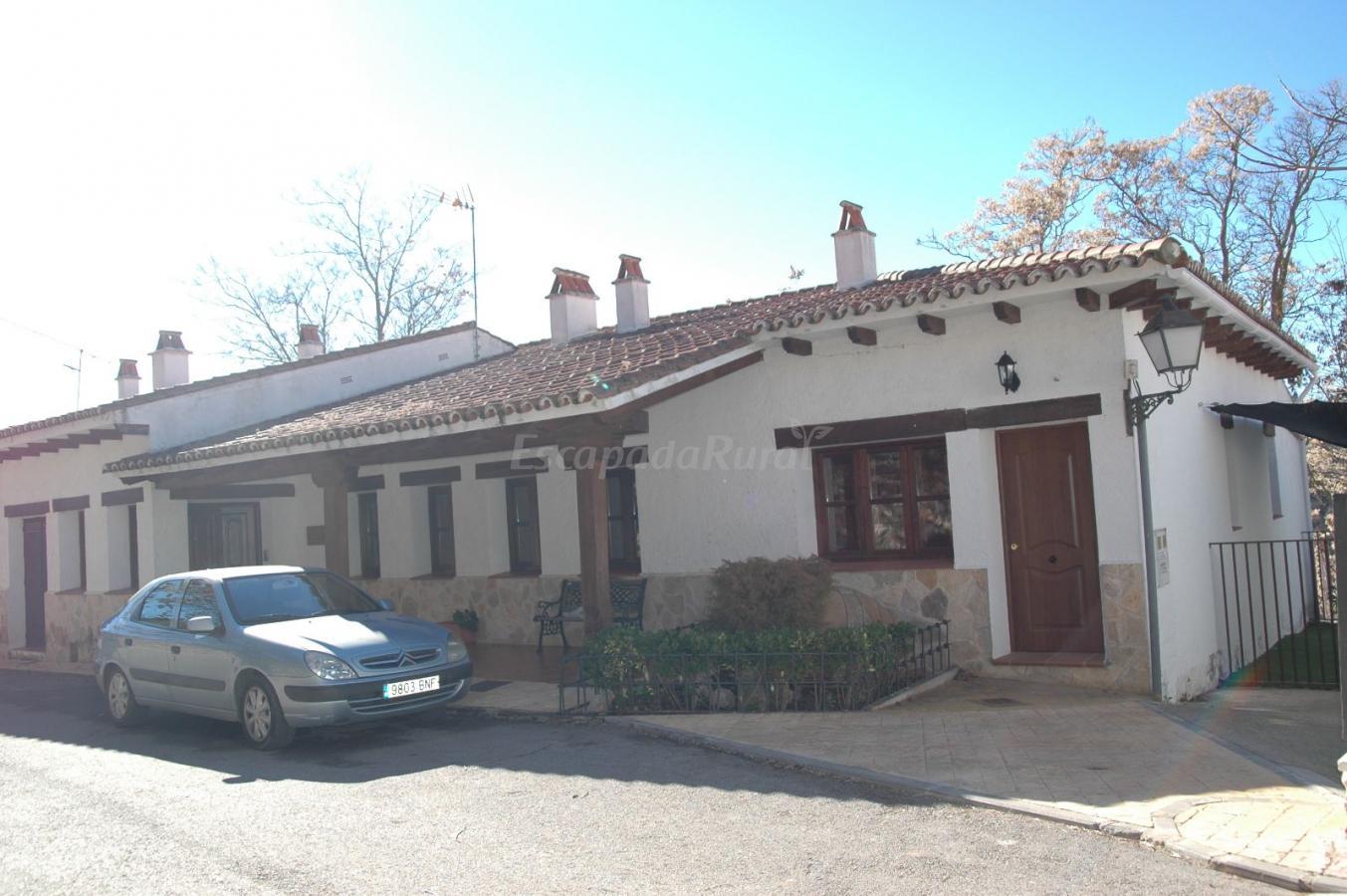 Fotos de la casa del m dico casa rural en olmeda de las for Olmeda de las fuentes casas
