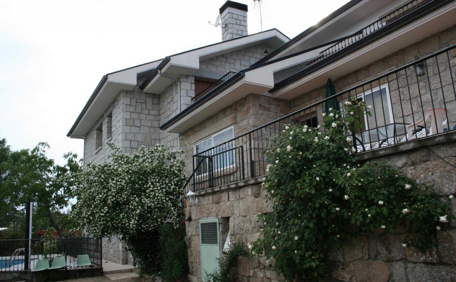 Fotos de Casa Rural en K la abuela - Casa rural en Hoyo de ...