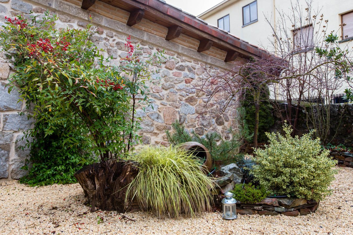 Fotos de el patio de valentina casa rural en navacerrada - Patios rurales ...