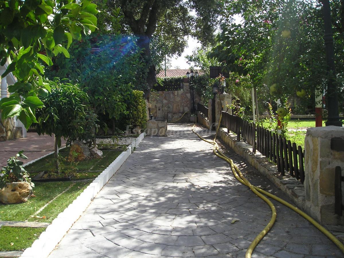 Fotos de casa patuka vivienda de uso tur stico casa de - Hoteles casa de campo madrid ...