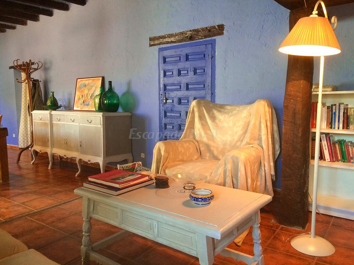 Fotos de la casa de enmedio casa rural en olmeda de las for Olmeda de las fuentes casas