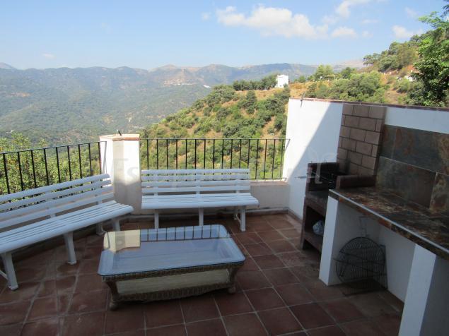 Casas rurales jardines del visir casa rural en genalguacil m laga - Terraza con barbacoa ...