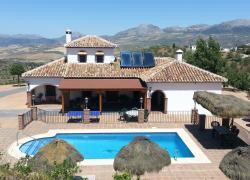 10 Casas Rurales En Colmenar Málaga