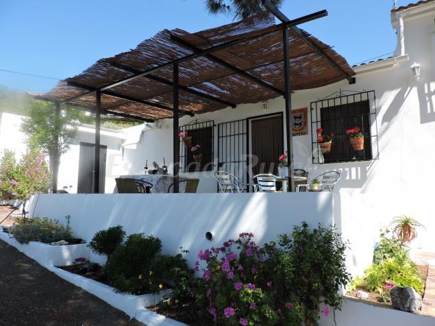 Fotos De Cortijo Montes Casa Rural En Cómpeta Málaga