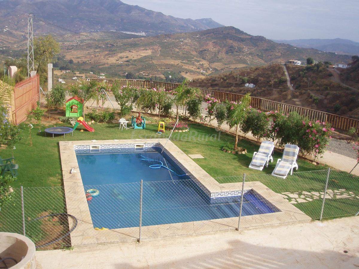 Fotos de casa atalaya guaro casa rural en guaro m laga - Casa rural guaro ...