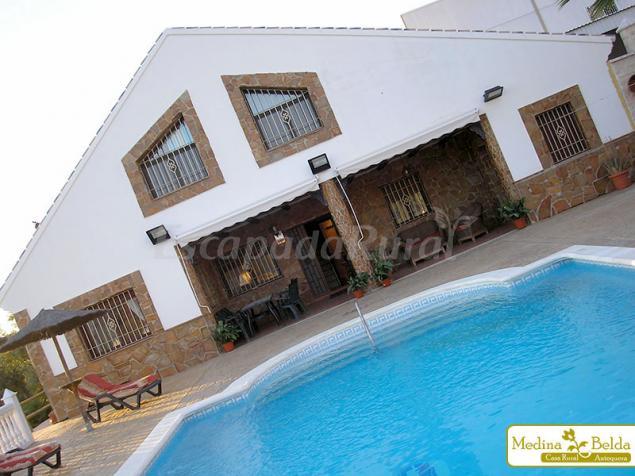 Casas Rurales En Cuevas De San Marcos Málaga
