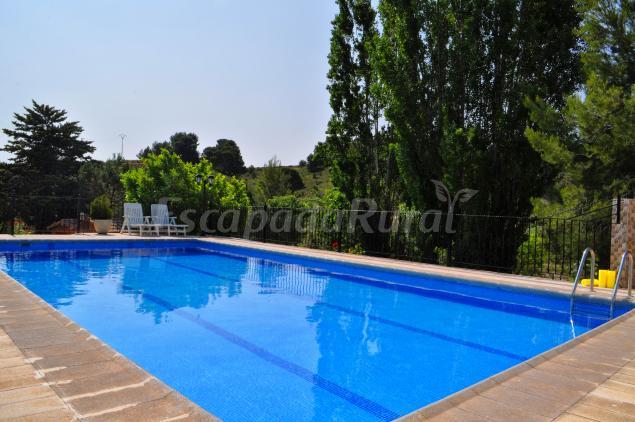 Casas rurales el salero casa rural en moratalla murcia for Alquiler de piscinas