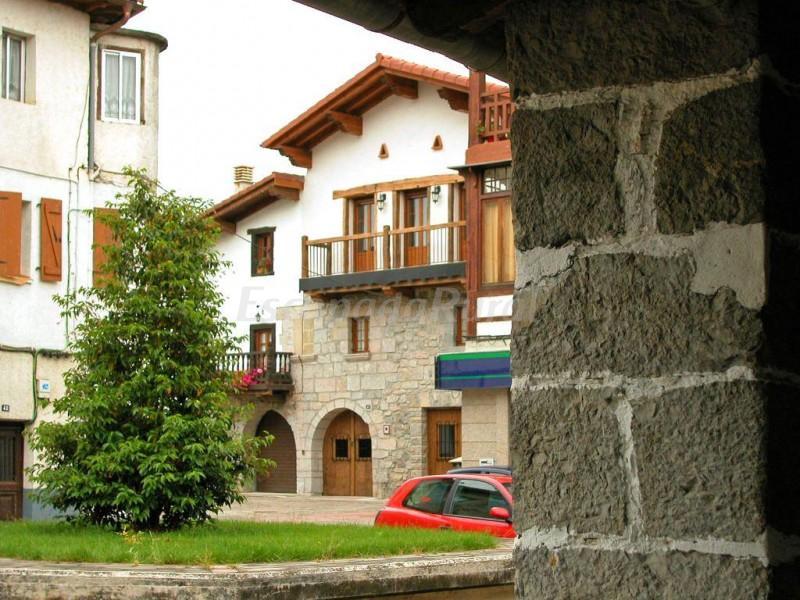 Fotos de ezkilenea casa rural en lekunberri navarra - Casa rural lekunberri ...