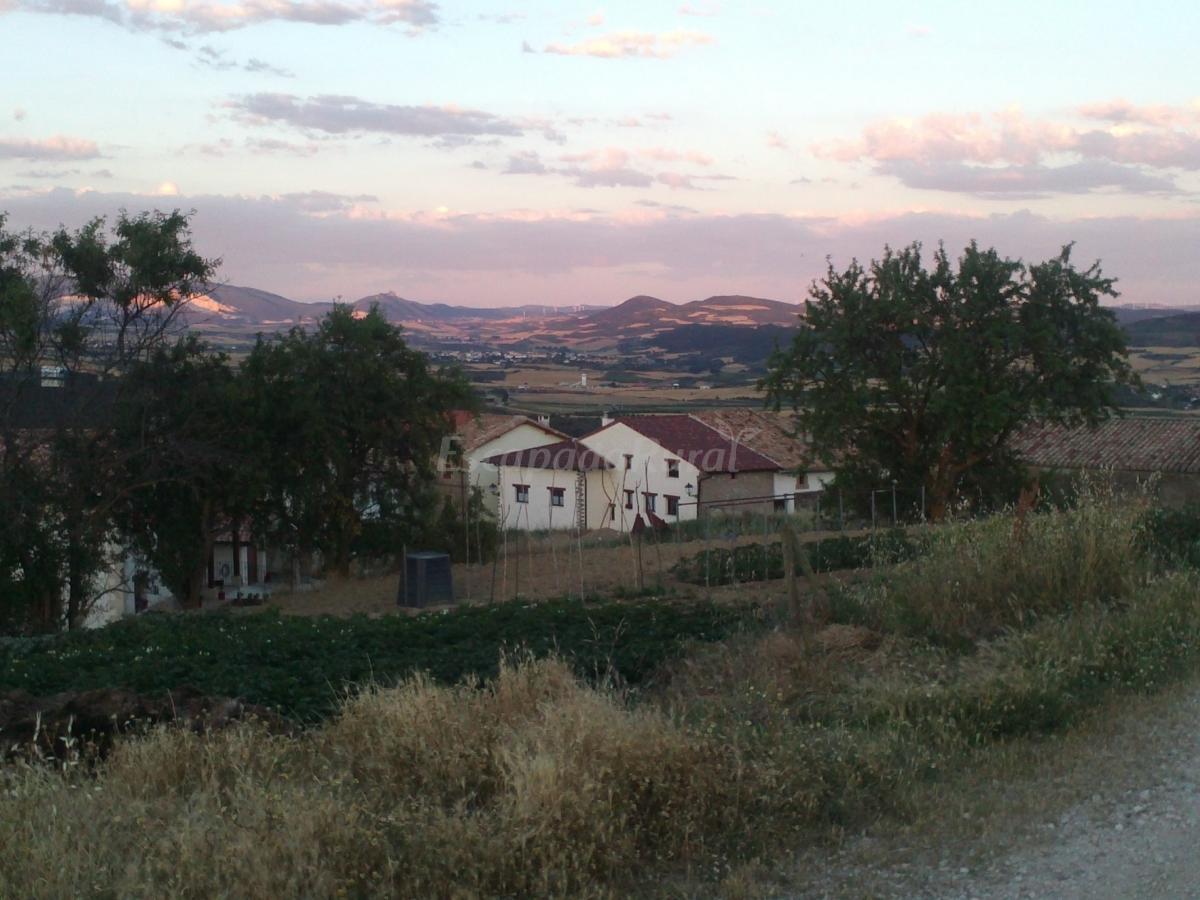 Fotos de las tres herraduras casa rural en artazu navarra - Casas rurales en lastres ...