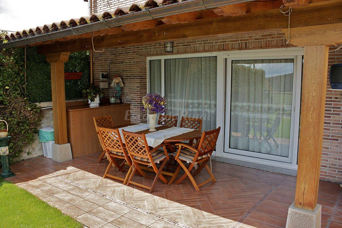 Fotos de casa rural erbioz casa rural en lez un navarra - Porches para jardin ...