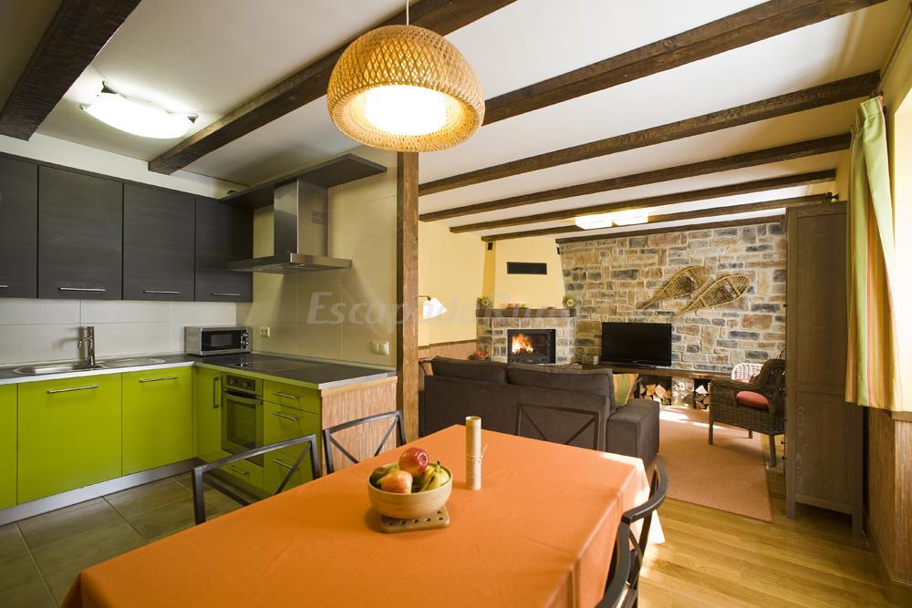 Fotos de apartamento tur stico rural aitonarena irati - Aitonarena irati ...