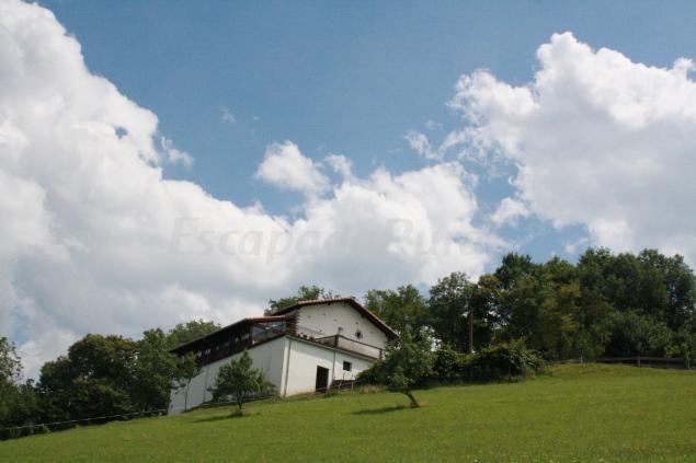 Casa rural simonen borda casa rural en arantza navarra - Casa rural 15 personas ...