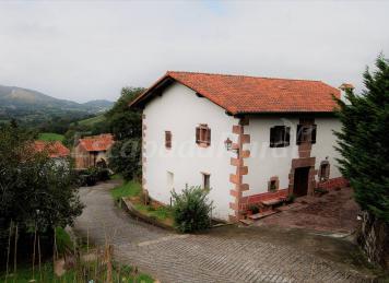 Casa Goiburua