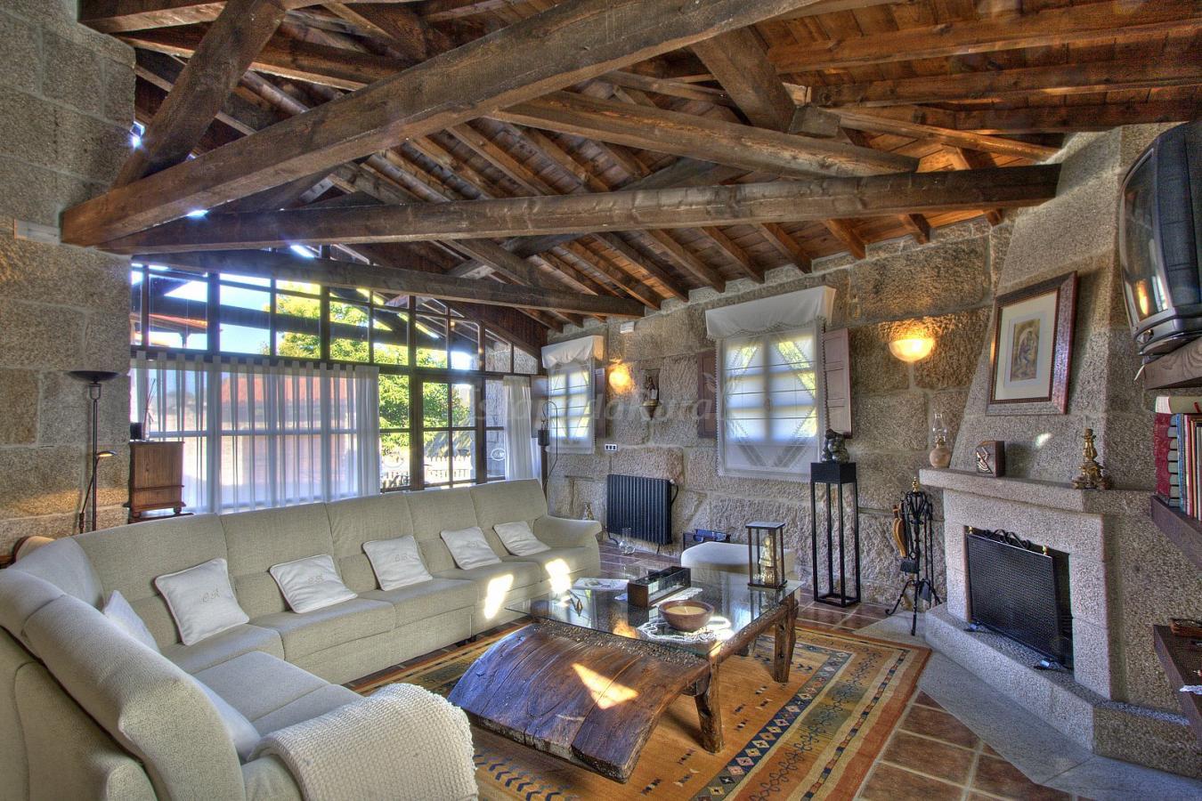 Fotos de casa a rous a casa rural en baltar ourense - Casa rurales en galicia ...