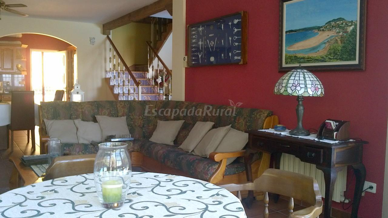 Fotos de cabana os troncos casa rural en mar n pontevedra - Casa rural marin ...