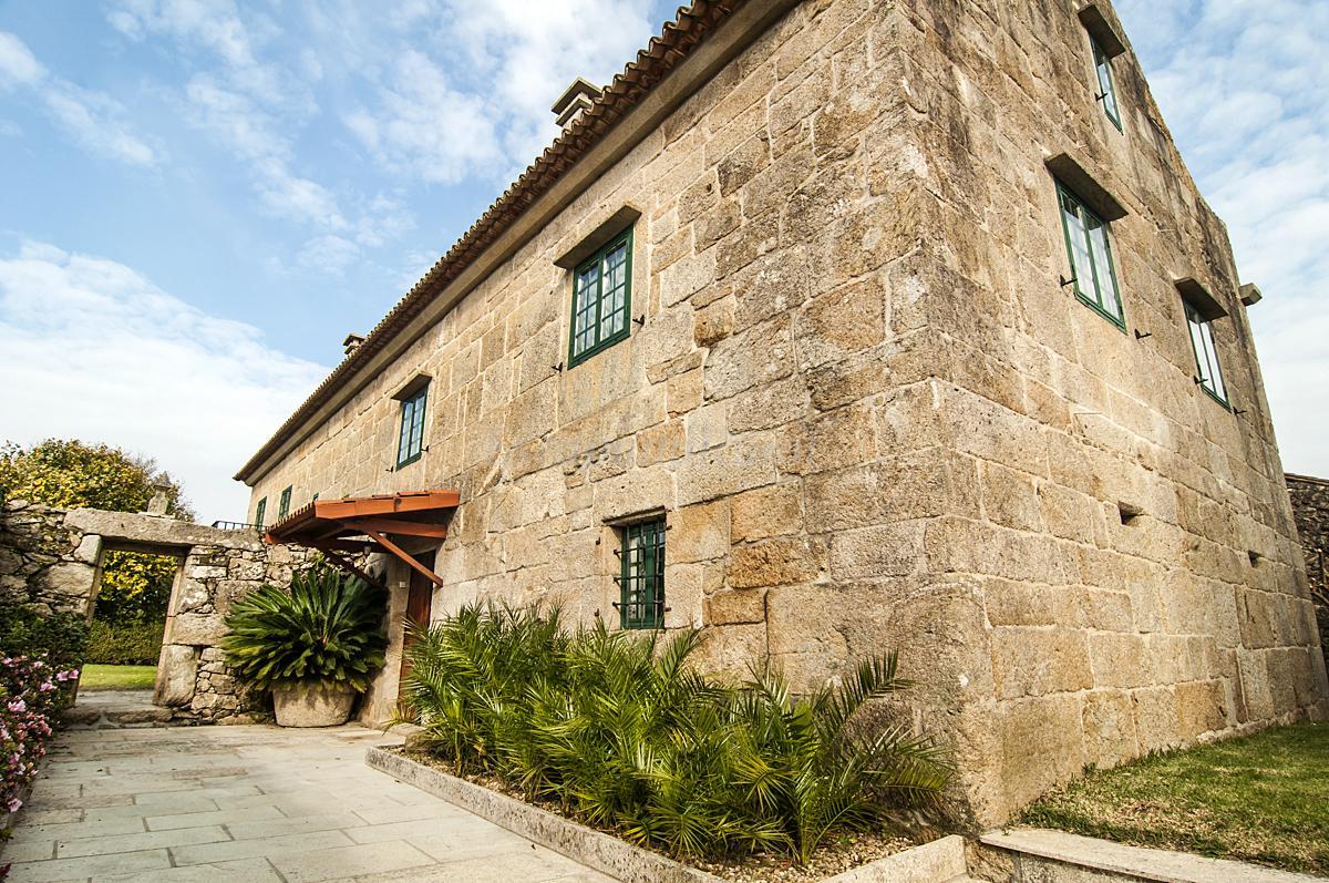 Fotos de casa rectoral de areas casa rural en tui - Casas prefabricadas pontevedra ...