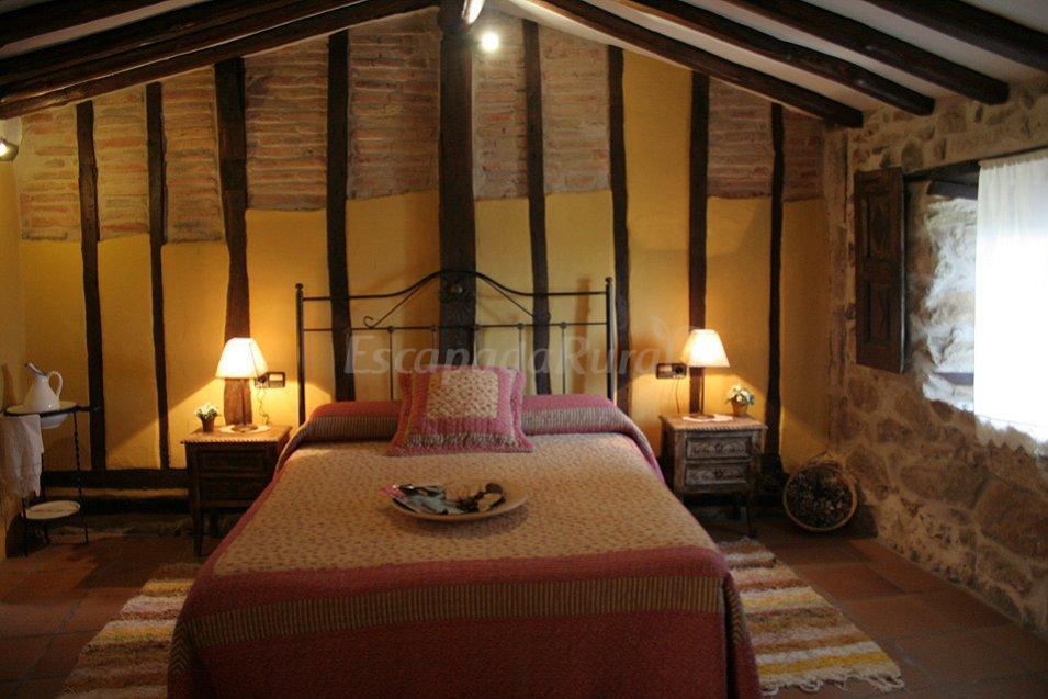 Fotos de casas rurales spa la batipuerta i y ii casa rural en candelario salamanca - Candelario casa rural ...