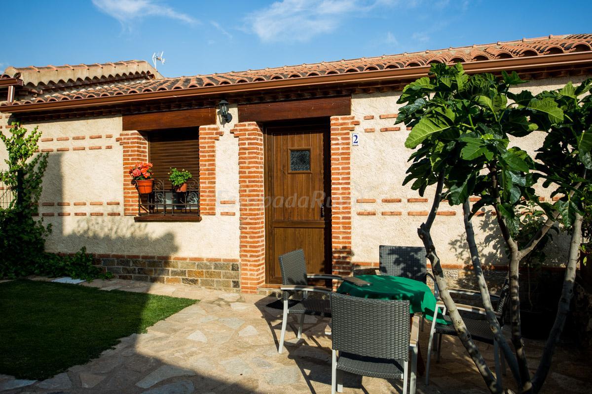 Fotos de casas rurales los monteros casa rural en aldeanueva de la sierra salamanca - Casa rural salamanca jacuzzi ...